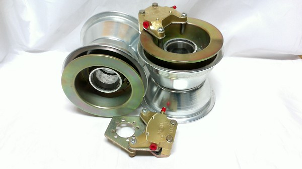 Matco Wheel Set with Brakes (MHE6B1.25)